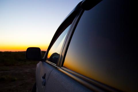 Ostré slnečné lúče škodia aj vášmu autu: Tipy, ako mu pomôcť čo najlepšie ...